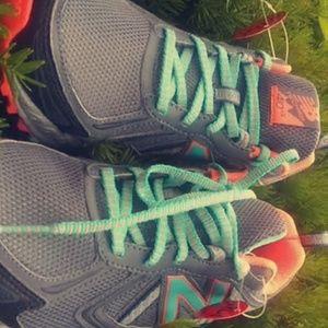 Brand new unwore pair of sneakers